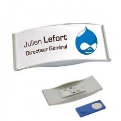 badge magnétique personnalisable accueil événement salon