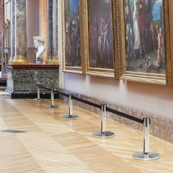 Barrière enrouleuse faible hauteur musée exposition salon